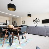 The Broadmead Jungle - Lovely & Central 3BDR Apartment