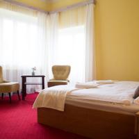Vila Charleston, hotel in Luhačovice