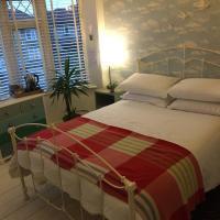 Heavenly Retreat, hotel in Corsham