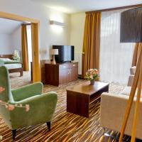 Equitana Hotel Resort, hotel v Březnici