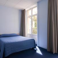 Hotel Le Petit Duquesne, hotel in Nantes