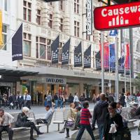 Causeway Inn On The Mall, hotel di Melbourne