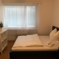 Luxury Black-White Room