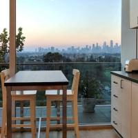 Best View St Kilda 1 BR - Spectacular Sunset Hideaway