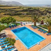 Zorbas Hotel Santorini, hotel in Pyrgos