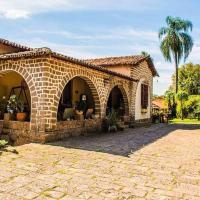 Pousada Fazenda Sant'Ana, отель в городе Виньеду