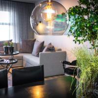 H96 Luxury Suite, hotel near Reykjavík Keflavík Airport - KEF, Keflavík