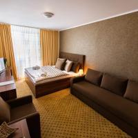 Hotel Merkur, hotel v Kaluži