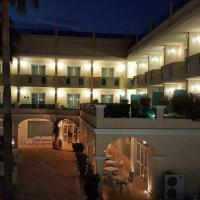 Gardenia Hotel, hotell i Lazzaro