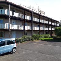 Hôtel & Résidence, hotel in Bartenheim