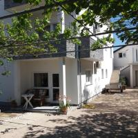 Apartments and Rooms Ivana, hotel in Krk