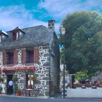 Hotel De La Poste, hôtel à Saint-Martin-sous-Vigouroux
