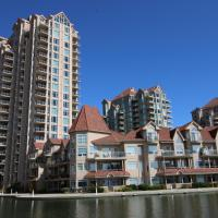 Sunset Waterfront Resort by Discover Kelowna Resort Accommodations