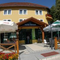 Hotel Risnjak, hotel in Delnice