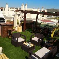 Apartamentos playa y golf, hotel in Torre de Benagalbón
