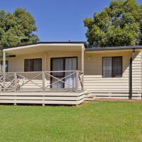 Cottage 20 - 3 Bedroom - Lake Hume Resort, hotel em Albury