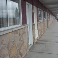 Grand Motel Saint-Hubert, hotel near Montréal/St-Hubert Airport - YHU, Longueuil