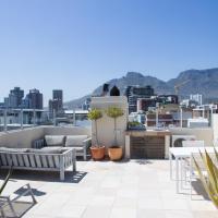 Cape Life - McKinnon House