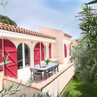 Splendid villa, garden & jacuzzi, 200m from beach