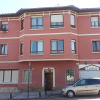 Apartamento Loiu, hotel cerca de Aeropuerto de Bilbao - BIO, Loiu