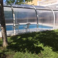 Casa Rivas con piscina abierta todo el año