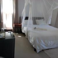 Kuku Royal Lodge, hotel in Ndola