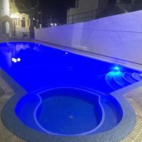 Hotel Hellas, отель в Тире