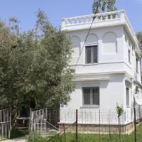 O Pyrgos Accommodations, hotel in Panormos Skopelos