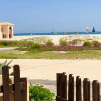 MAISONNETTE VUE MER PIEDS DANS L'EAU WIFI, hotel in Port Leucate