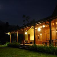 Ipienk Resort Tawamangu, hotel di Tawangmangu
