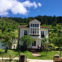 Villa Elena, hotel in Potes