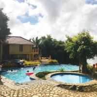 Porta Verde Resort Villas Caliraya, hotel in Cavinti