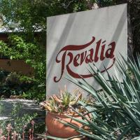 Trevalia Accommodation, hotel in Penwortham