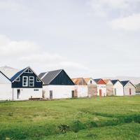 Boat house in Hósvik, hotel in Hósvík