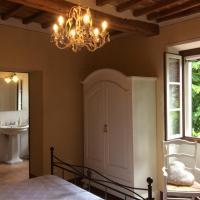 La Casa del Frate Rooms, hotel a Castiglion Fiorentino