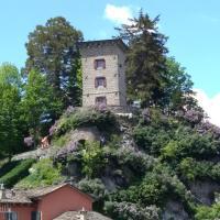 Torre Riva Dimora storica, hotel in Fiumalbo