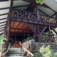 Haere Mai I Te Fare, hotel in Teavaro