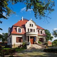Villa Cztery Pory Roku, hotel near Zielona Gora/Babimost Airport - IEG, Zbąszynek