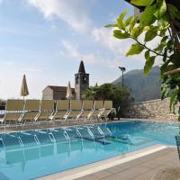 Hotel Gallo, hotell i Tignale