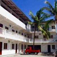 Hana Natsu Resorts Beach & Hotel, hotel in Morong