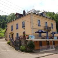 Aux Studios du Parc, hotel in Plombières-les-Bains
