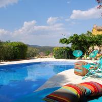 Arianel.la B&B Penedes, hotel in Torrellas de Foix