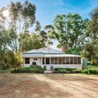 Lochinver Homestead and Cottages, hotel in Maryborough