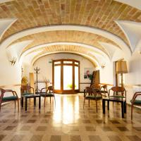 Hostal Fabrellas, hotel en Caldes de Malavella