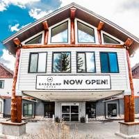 Basecamp Lodge Canmore, hotel in Canmore