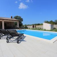 House Nina with heated pool