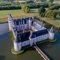 Les roulottes du château, hôtel à Écuillé