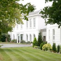 Manor Of Groves Hotel, hotel in Sawbridgeworth