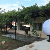 Country Village House, hotel in Skala Mistegnon