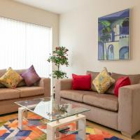 Addenbrooke's Townhouse with Free Parking - 5 mins walk to Papworth Hospital & Sleeps 6